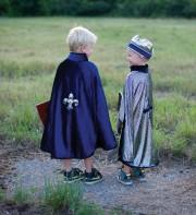 cape de roi et de chevalier réversible, déguisements garçons, déguisements enfants chevalier Cape de Chevalier et de Roi, Réversible Bleue, Garçon