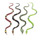 faux serpent cobra, faux serpent halloween, décoration halloween, accessoire halloween déguisement, faux serpent halloween Serpents en Plastique, x 4 modèles colorés
