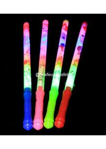 fluo, bâtons fluos, batons en mousse fluos, batons lumineux, accessoires fluos, baton festival, baton lumineux concert, Baton Lumineux Décoré, avec LEDs