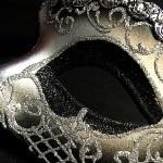 masque vénitien, loup vénitien, masque carnaval de venise, véritable masque vénitien, accessoire carnaval de venise, déguisement carnaval de venise, loup vénitien fait main Vénitien, Iris Déco, Noir et Argent