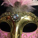 masque vénitien, loup vénitien, masque carnaval de venise, masque vénitien déguisement, accessoire déguisement carnaval de venise, déguisement carnaval de venise, masque vénitien fait main, masque plumes Vénitien, Colombina Sissi à Plumes, Rose