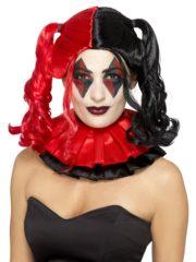 perruque rouge et noire, perruque halloween, perruque arlequine, perruque femme couettes, perruque harley quinn, perruque arlequine Perruque Arlequine Twisted, Rouge et Noire