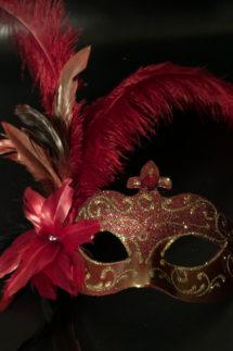 masque vénitien, loup vénitien, loup vénitien à plumes, masque vénitien fait à la main, masque carnaval de venise, vénitien signorina baby à plumes, Venitien Signorina Baby, Bouquet Rouge