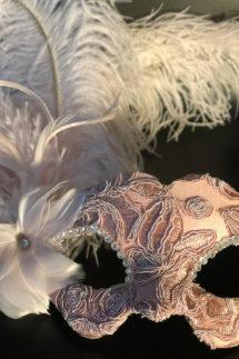 loup vénitien, masque vénitien, loup vénitien fait à la main, masque vénitien haute qualité, masque pour carnaval de venise, Vénitien Tosca, Rose Poudré