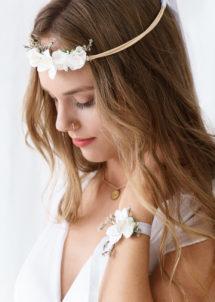 accessoires bride to be, accessoires EVJF, Bracelet Ruban Satin et Fleurs Blanches, EVJF